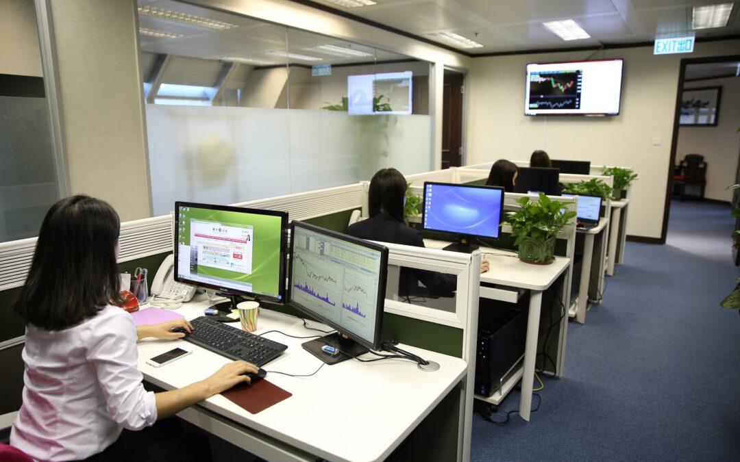 Dlaczego warto korzystać z usług agencji interaktywnych?