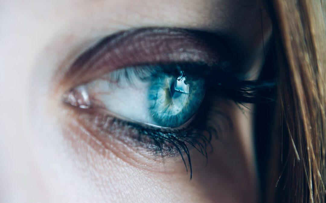 Czym jest zespół suchego oka i jak można go leczyć?